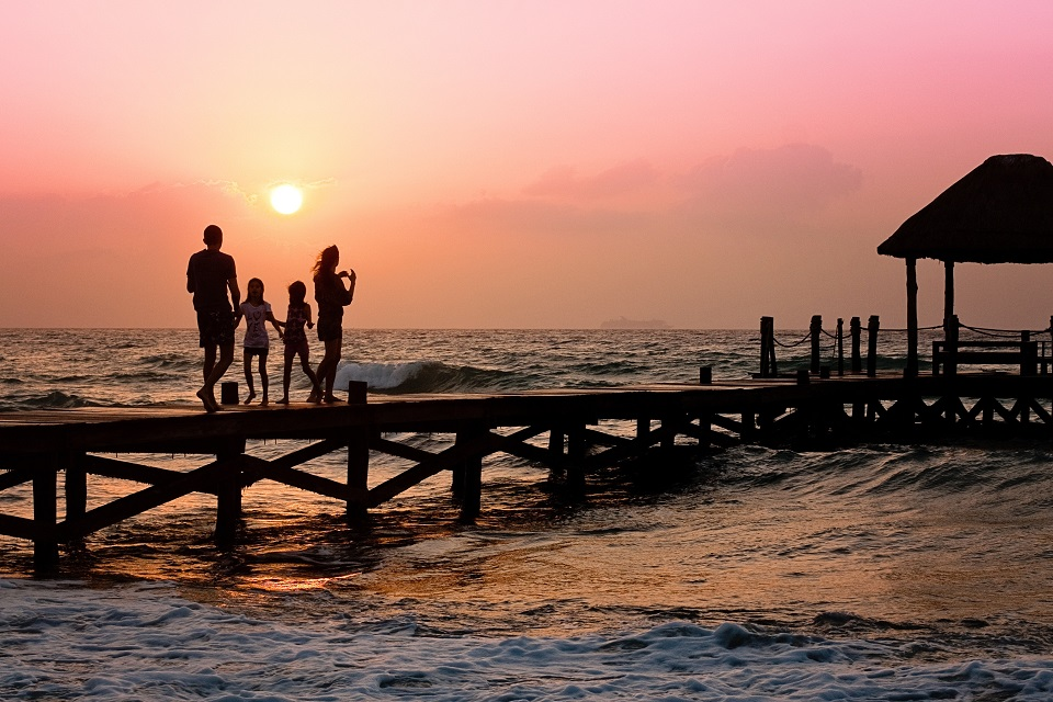 10 Tips For Keeping Your Family Safe On Vacation